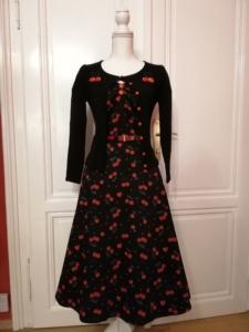 Kirschenkleid und passende Cardigans Gr.36 bis 44