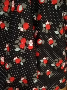Tellerrock aus 100% BW mit Taschen, perfekt kombinierbar!